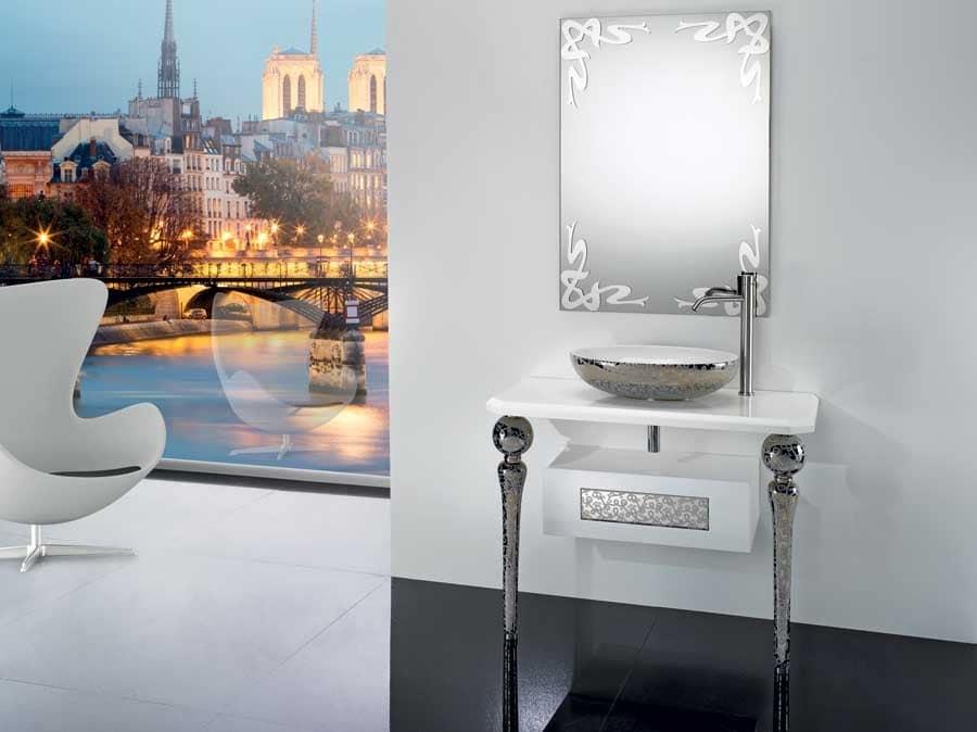 DECO MIRROR, Mirror with decorations