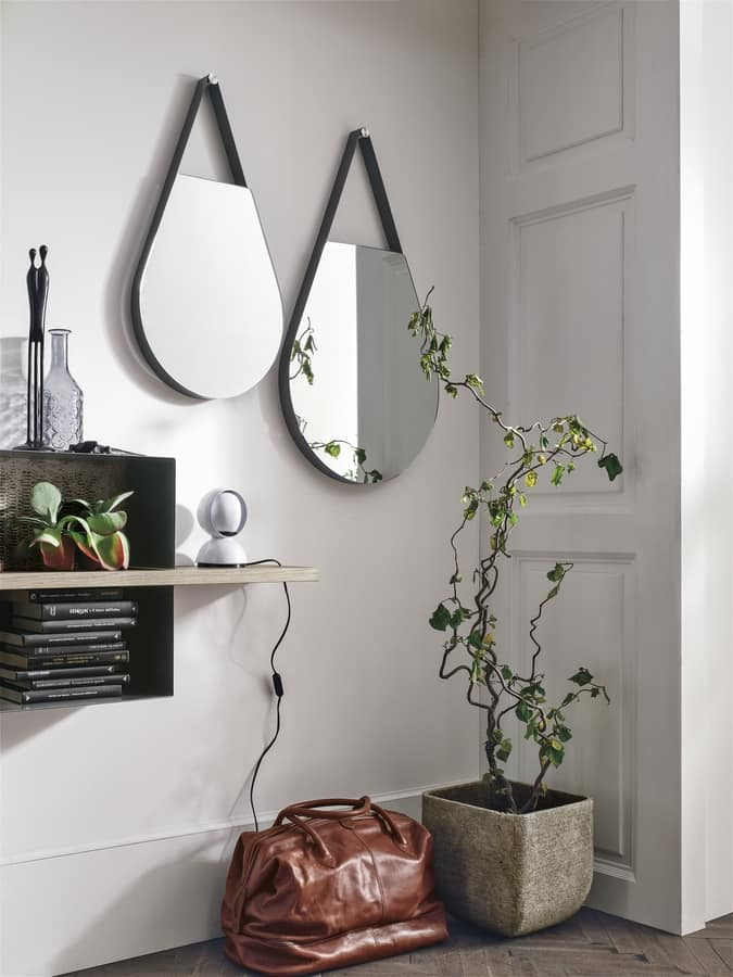DROPS SS104, Mirror drop-shaped with metal edge