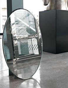 Face 377, Oval mirror