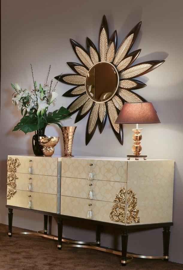FLORA / mirror, Mirror with a floral design