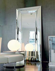 Franz 243, Curved mirror, wooden frame