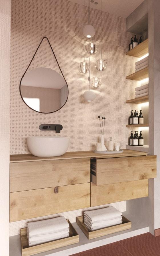 Goccia, Drop form mirror ideal for modern environments