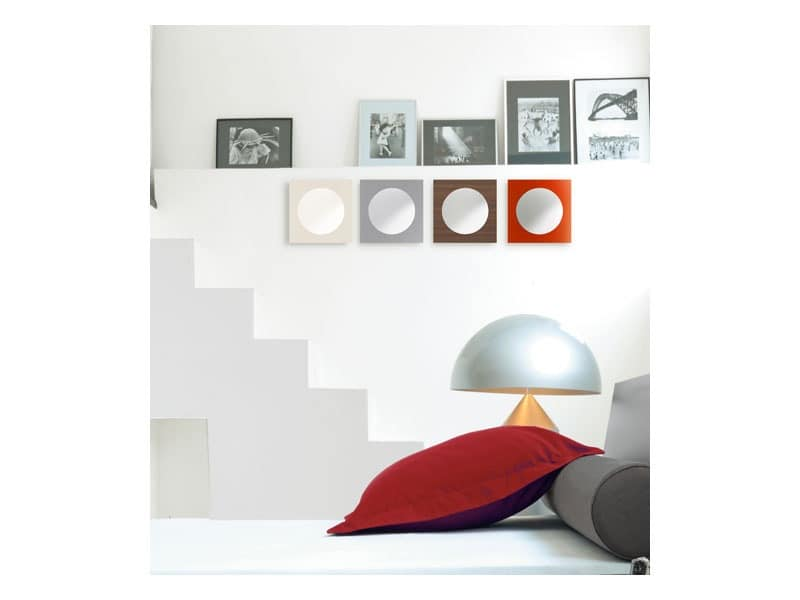 Molecola, Round mirror with square wooden frame