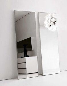 Replay Mirror, Mirror from the essential lines, in various sizes