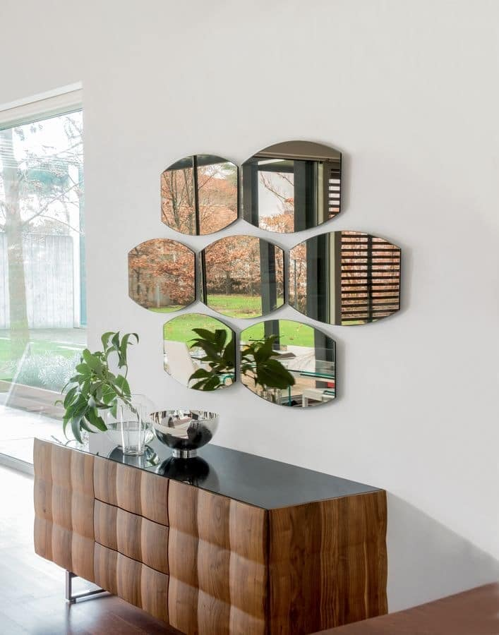 SKIN, Bronzed mirror, for pizzerias and restaurants
