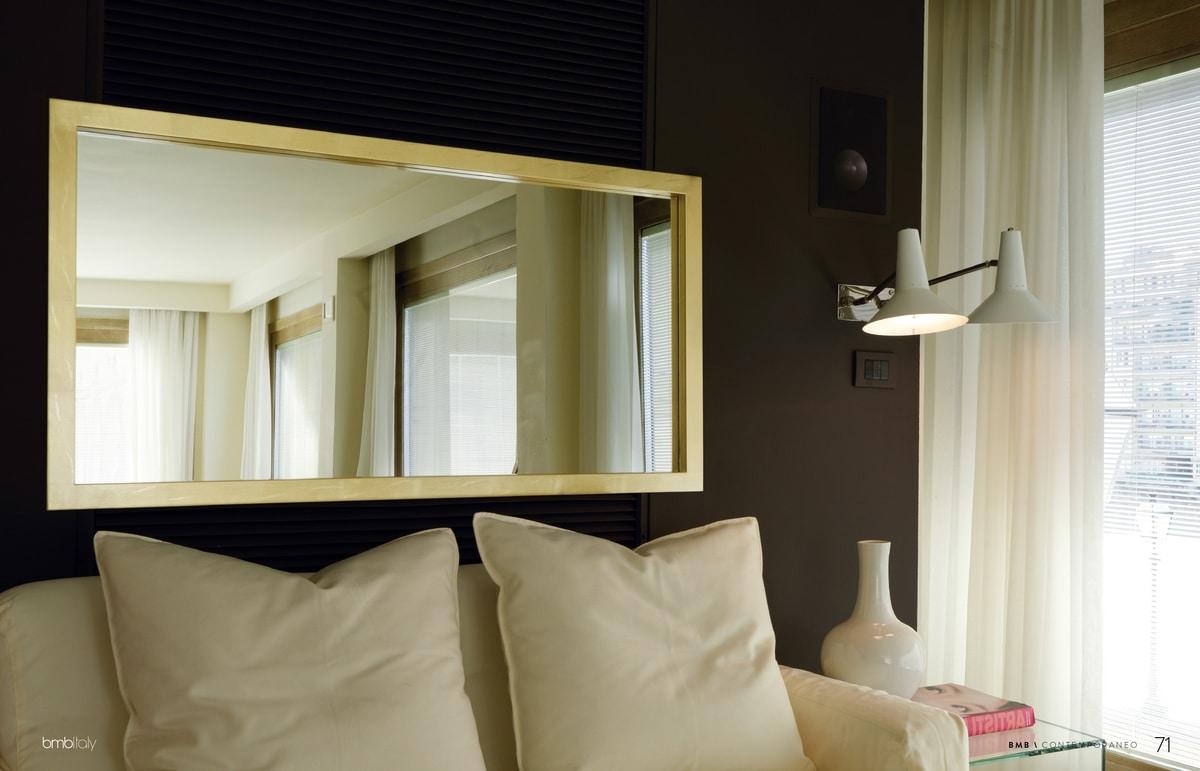 Velvet 255, Mirror with lacquered frame