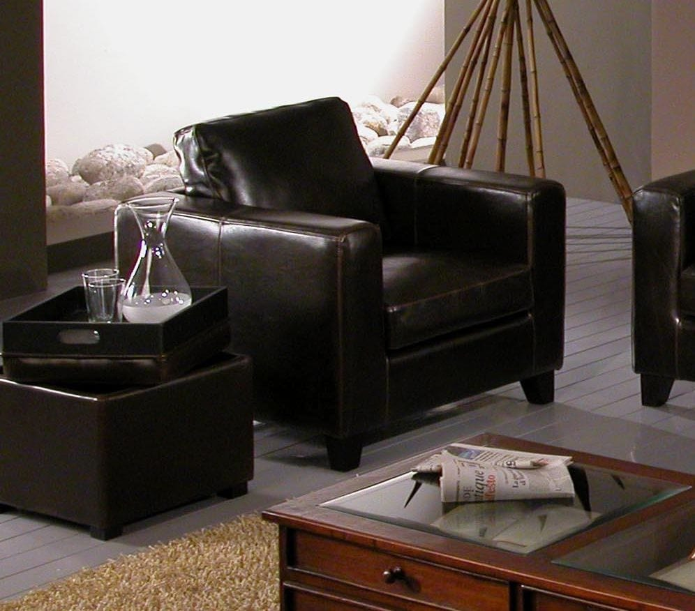 Armchair Chicago, Armchair in black leather