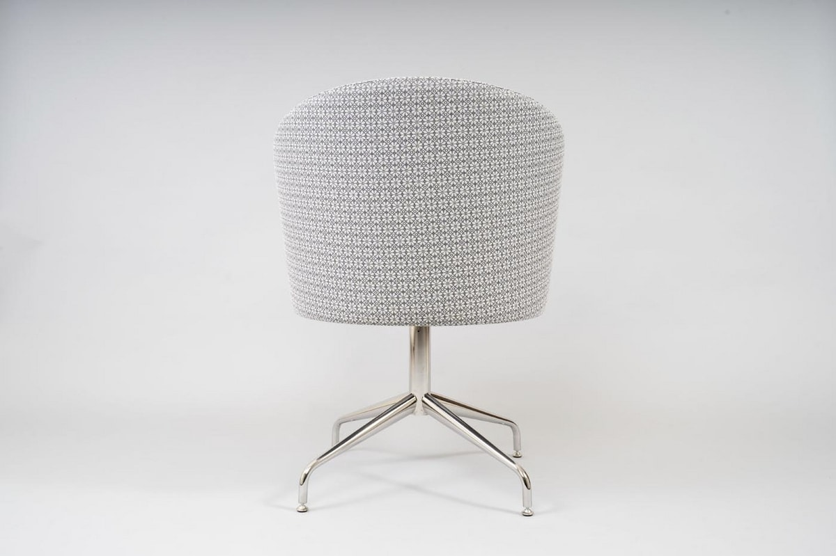 BS483A - Armchair, Padded armchair with swivel base