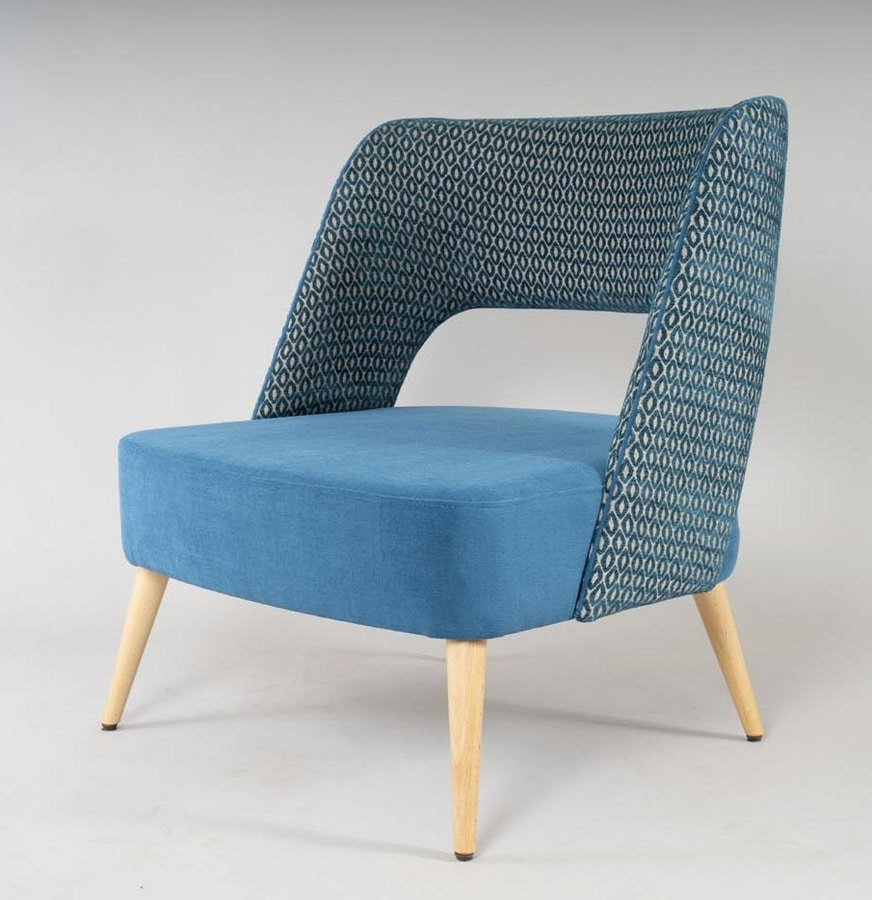 BS491P - Armchair, Comfortable armchair with large seat