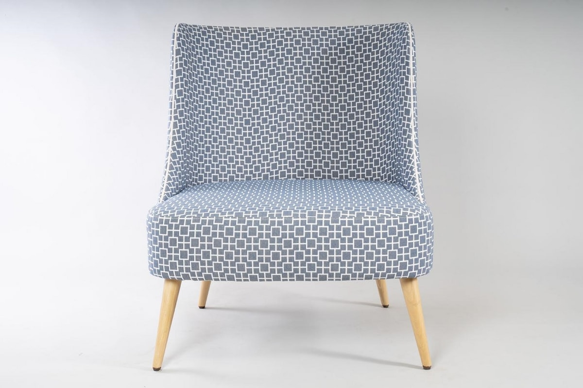 BS504A - Armchair, Armchair with a wide seat