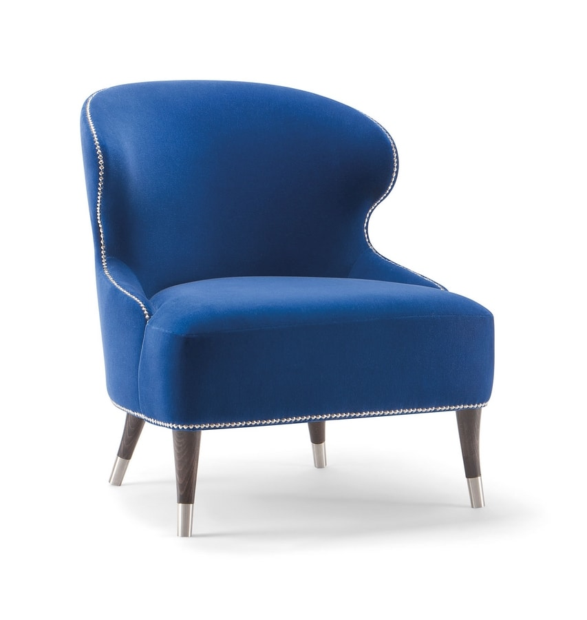CAMELIA LOUNGE CHAIR 051 P, Armchair with enveloping backrest