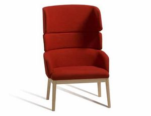 Concord 527UM, Comfortable armchair with high backrest