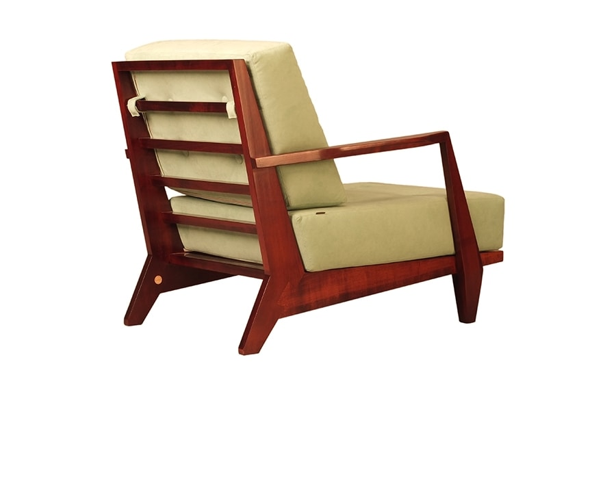 Daphne 3896, Solid wood armchair