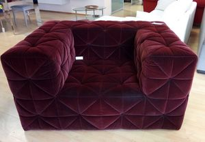 Firenze armchair, Armchair in bordeaux fabric