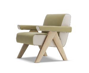 Fram, Armchair with solid wood structure