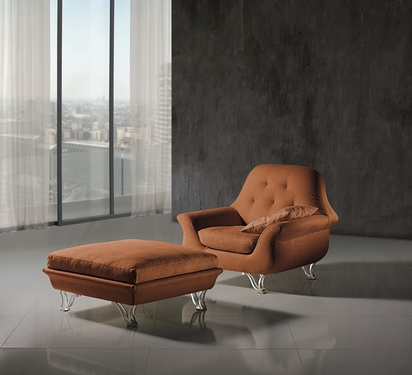 PO28 Cherubino armchair, Armchair of soft shapes