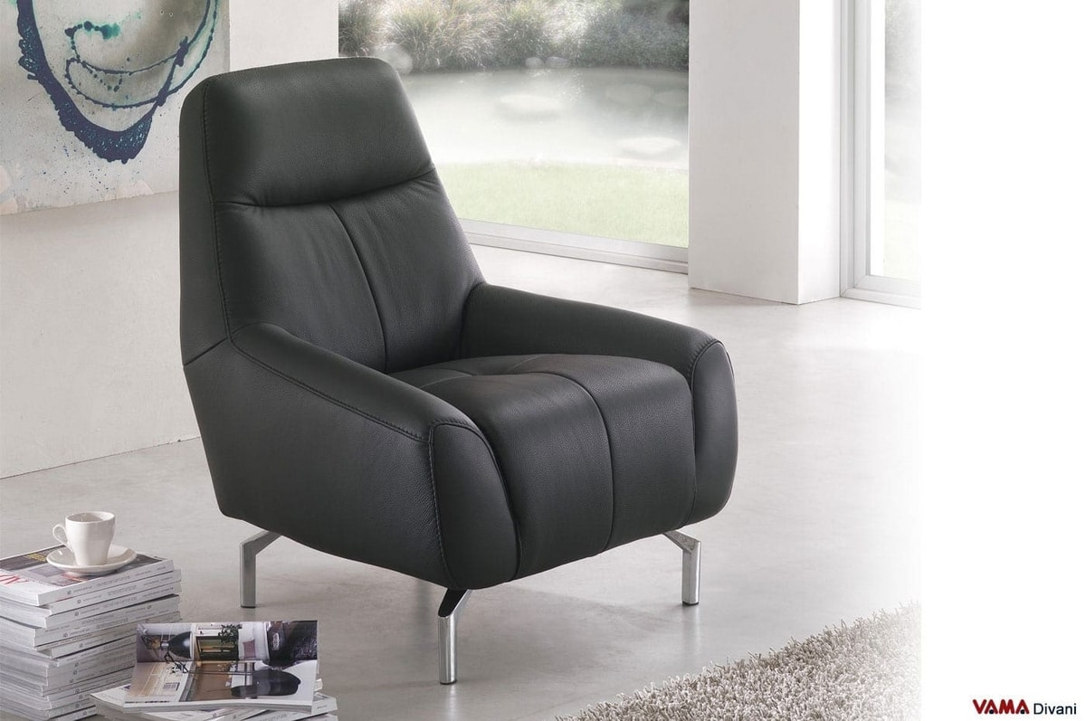 Samourai, Leather armchair with a very original design, with low arms