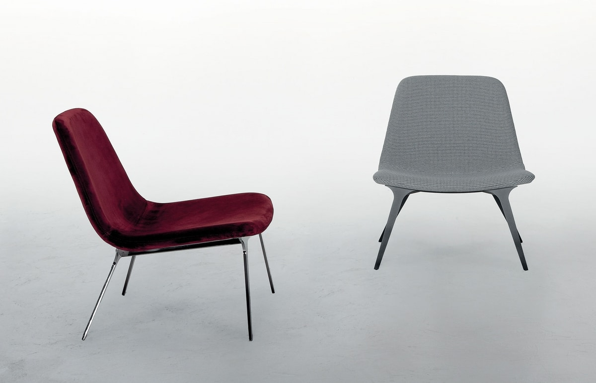 SVEVA, Armchair with a softly contemporary design