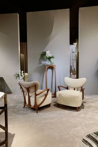 TEIA Armchair, Armchair in canaletto walnut, in leather and fabric