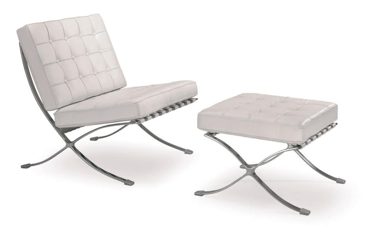 UF 201, Armchair with wide seat, with steel base