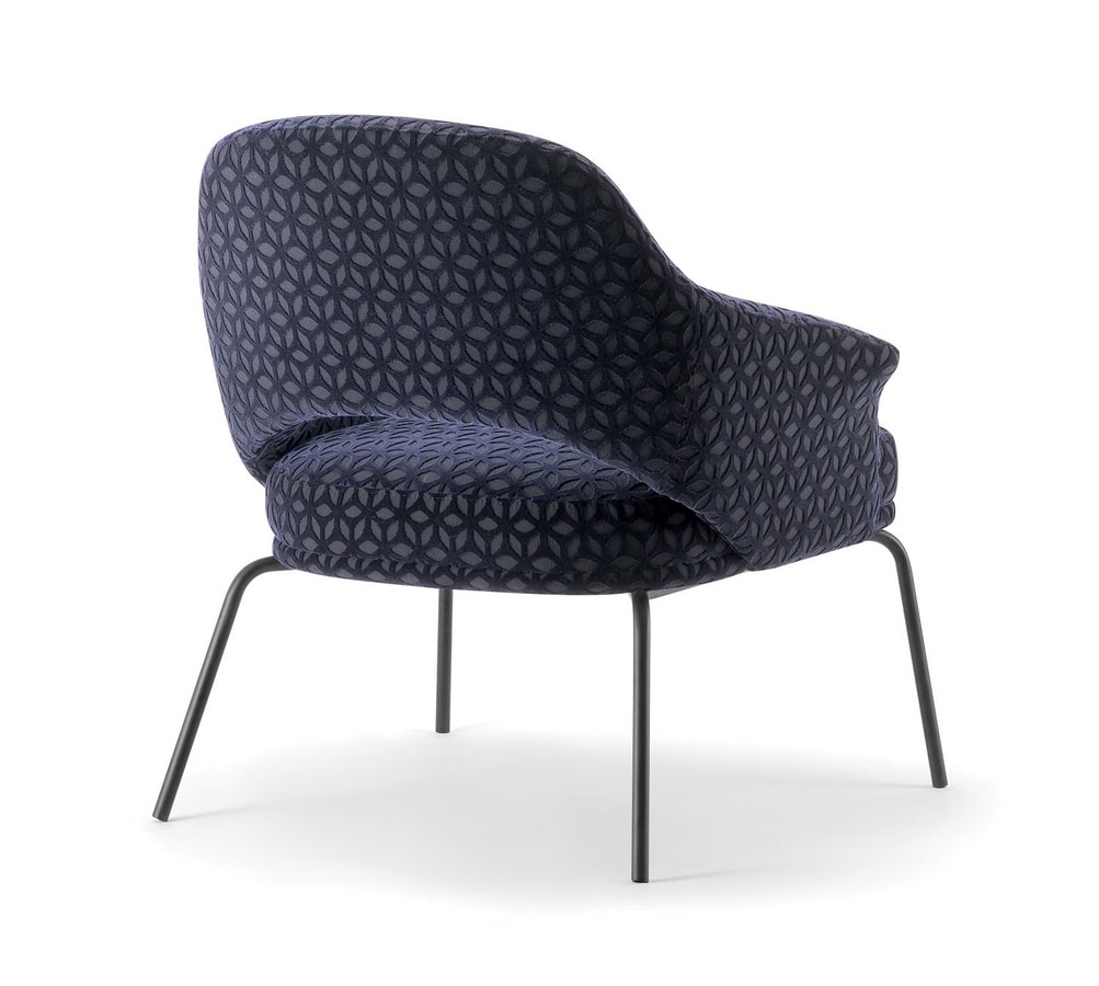 WINGS LOUNGE CHAIR WITH METAL BASE 076 PL, Armchair with metal legs