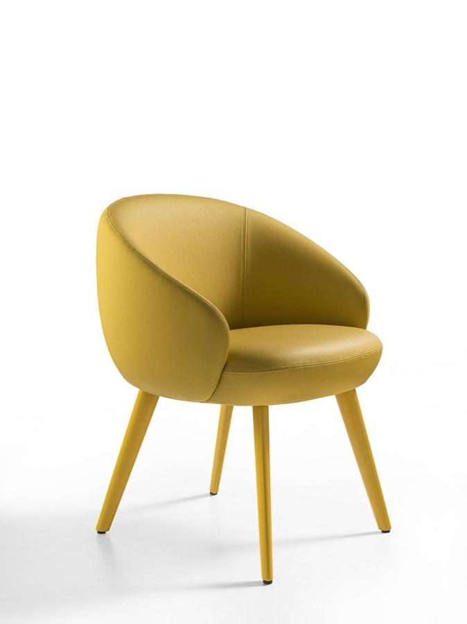 Botero Mignon, Comfortable armchair with wooden legs