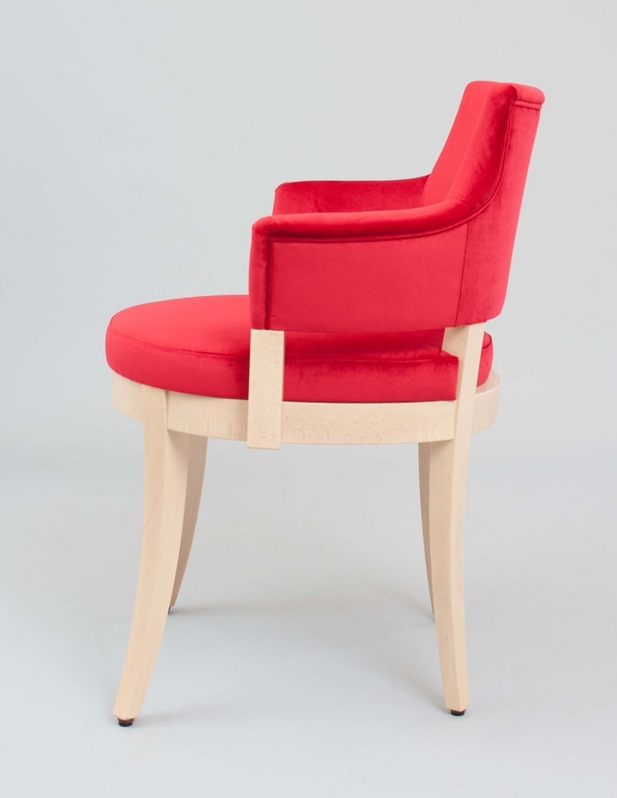 BS453A – Poltrona, Armchair with perforated back