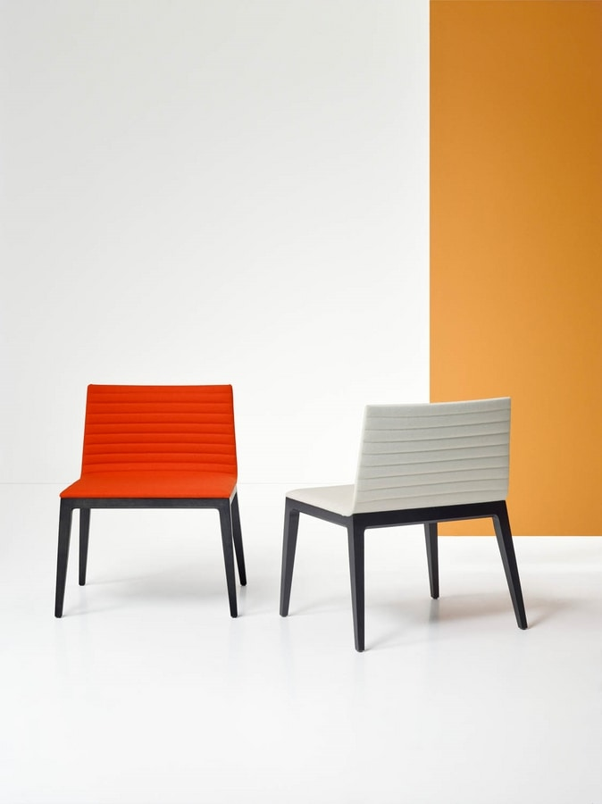 COCÒ ARMCHAIR 015 L, Armchair with an essential design