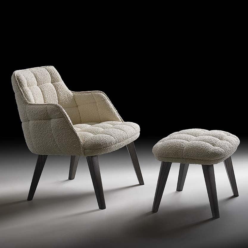 Iris-P Lounge, Comfortable lounge chair