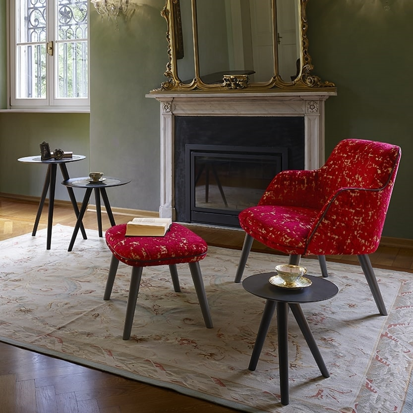 Melody Lounge, Glamorous armchair in color and style