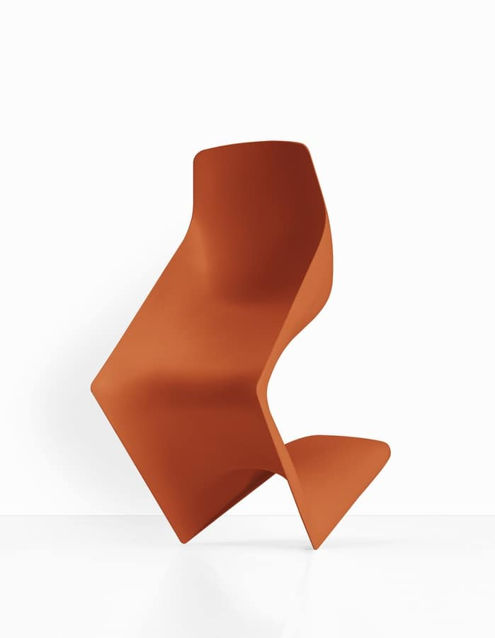 Pulp, Chair with alternative form, entirely in polypropylene