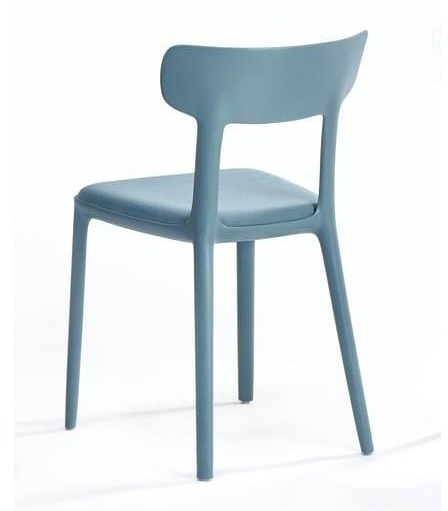 Canova, Polypropylene chair with padded seat