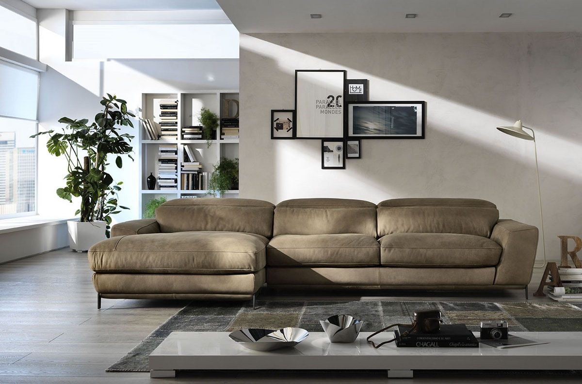 Boomer, Sofa for glamorous environments