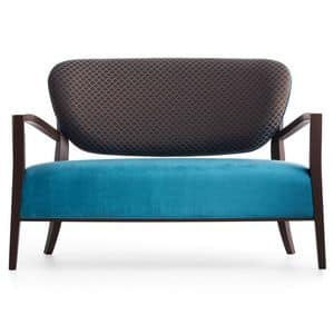 Cammeo 02651, Sofa in solid wood, upholstered seat and back, fabric covering, modern style
