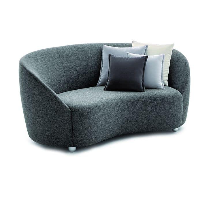 Euforia system 00160, Padded sofa with a soft design