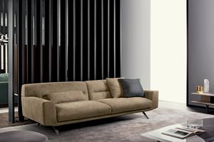 Feenix, Sofa with strong lines