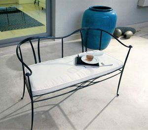 Franklin, Iron bench with cushion on the seat, for outdoor use