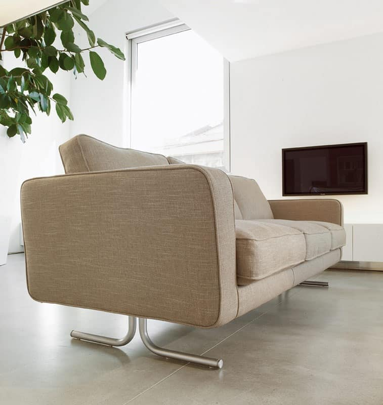 Karel, Sofa with polyurethane padding covered in acrylic fibers