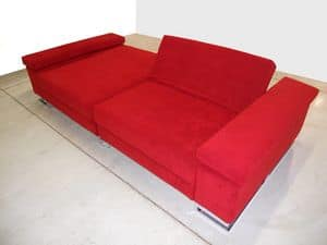Mago', Sofa ideal for center room, feet in chromed steel