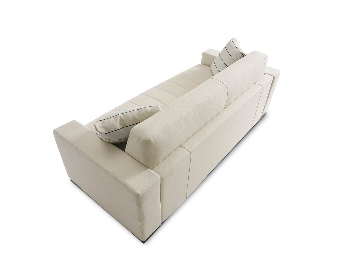 Matrix, Sofa with a rigorous line