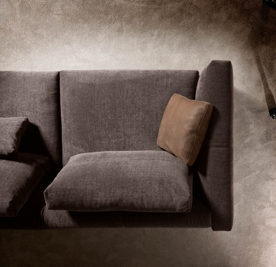 Montecarlo corner sofa, Corner sofa for classic and modern environments