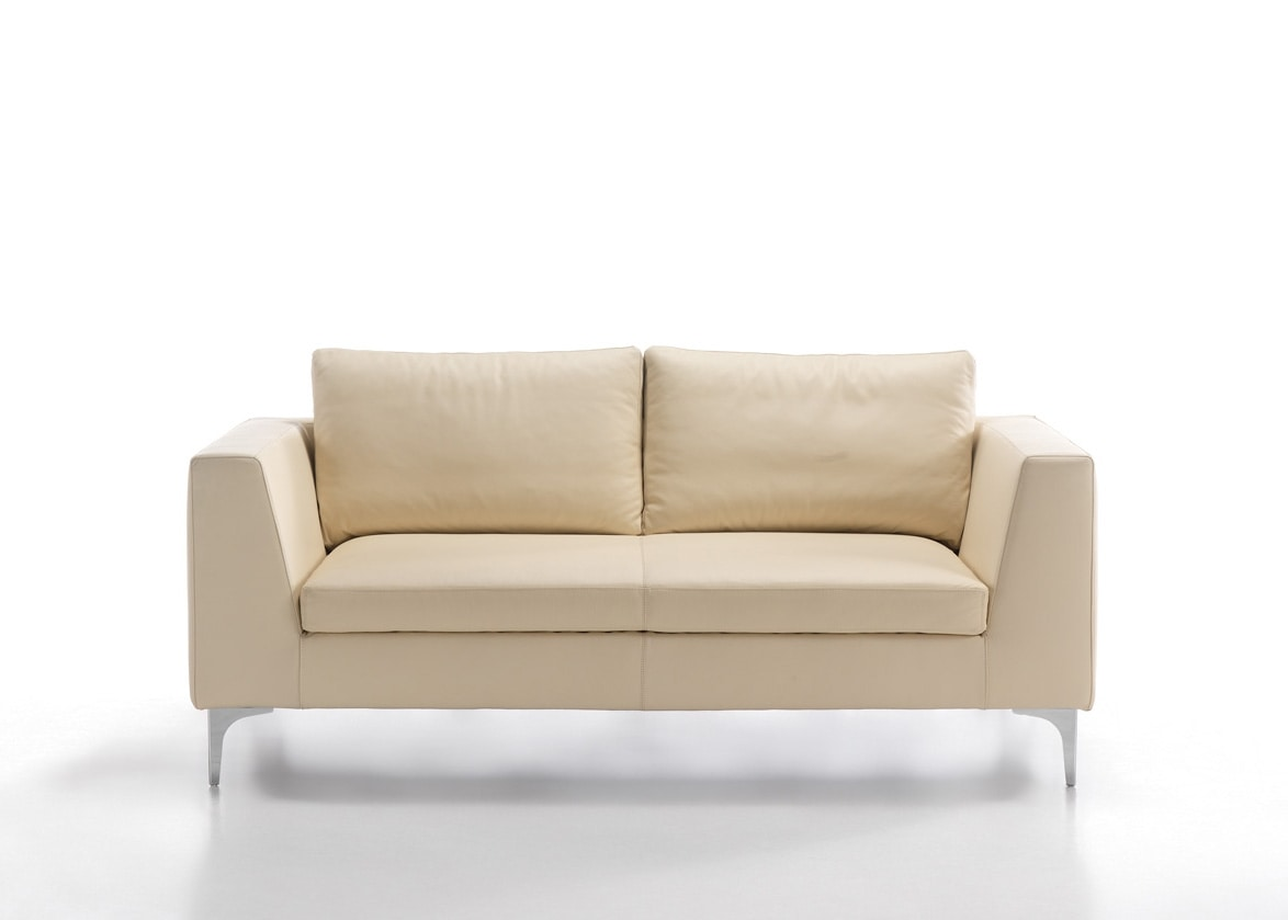 Prince, Sofa with chaise longue