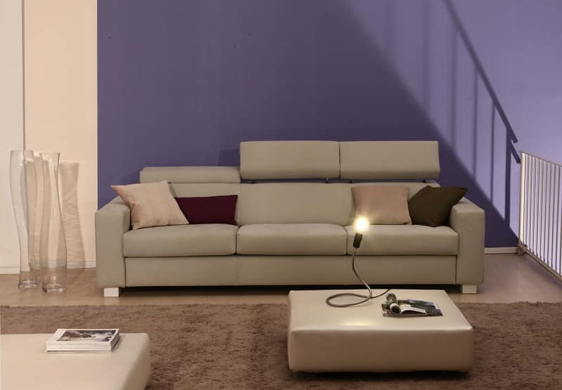Rialto, Sofa upholstered in polyurethane covered in acrylic fibers