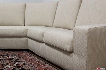 Silver, Simple and linear sofa with semi-rectangular peninsula and high back