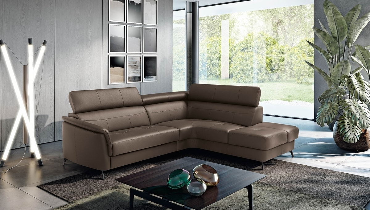 Spike, Sofa with electric recliner mechanism