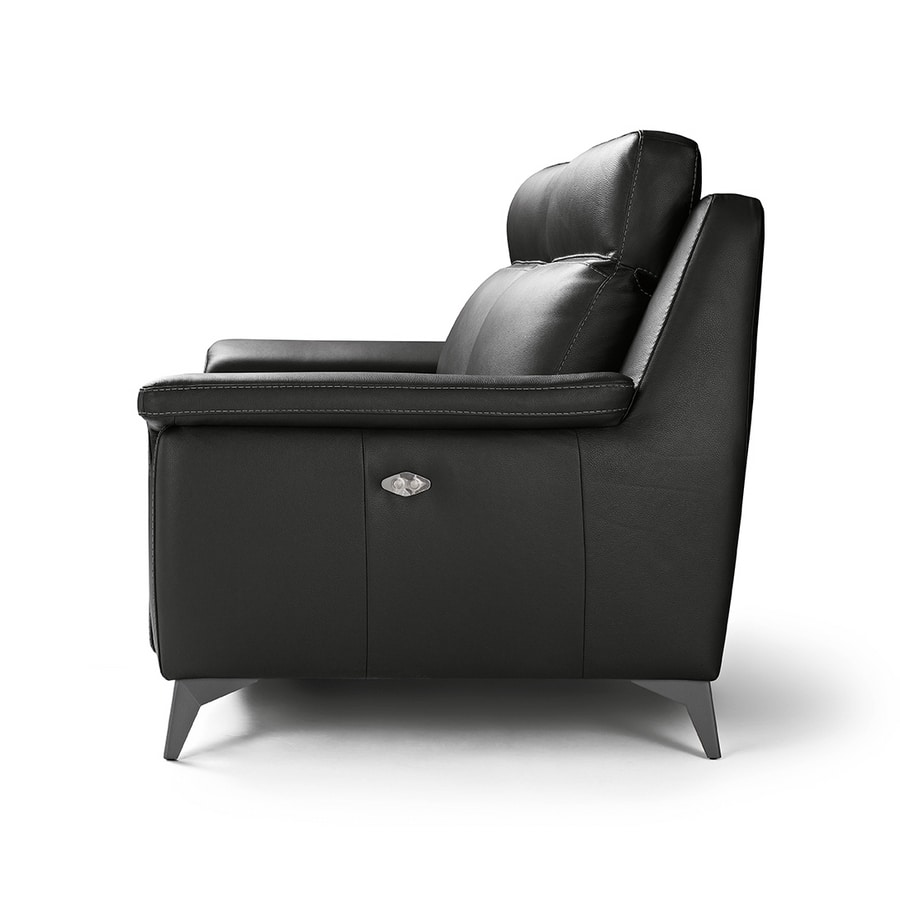 Stefi, Sofa with relaxation mechanism
