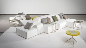 Tom, Modular sofa with a soft look
