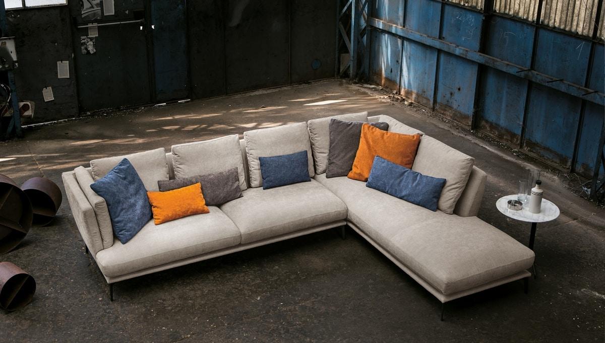 Tortona, Sofa with essential lines