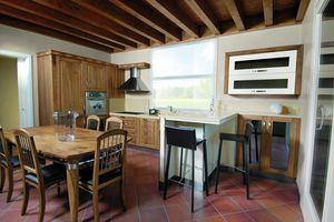 Melissa kitchen 107/A, Kitchen in natural Italian walnut wood