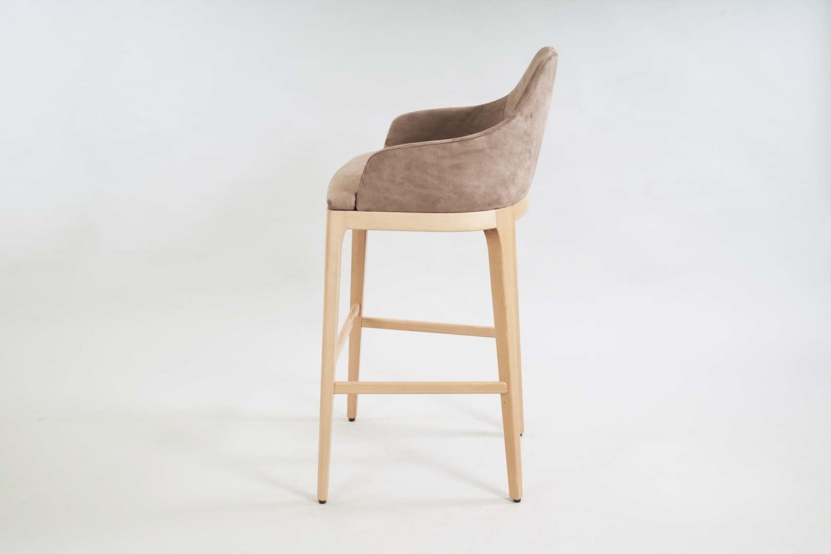 BS462B – Stool, Wooden stool, padded